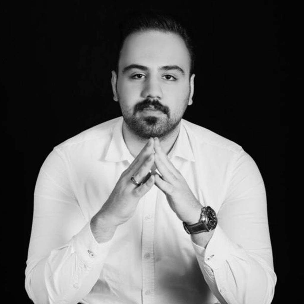 دانیال باقرزاده مدیریت و مدرس