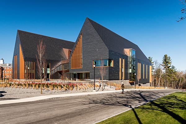 ساختمان نوآوری و آموزش طراحی SNHU