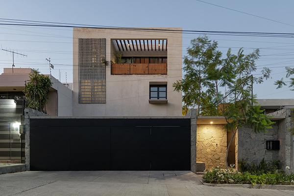 خانه Jacarandas