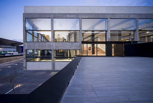ساختمان La Loza
