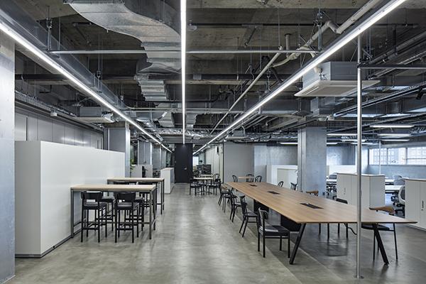 دفتر کار Climb Maebashi ؛ نوسازی به عنوان یک مانیفست شهری